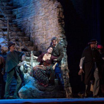 """A scene from Act III of Bizet's """"Carmen"""" with Elina Garanca as Carmen and Roberto Alagna as Don José. Photo: Ken Howard/Metropolitan Opera  Taken at the Metropolitan Opera during the dress rehearsal on December 22, 2009."""
