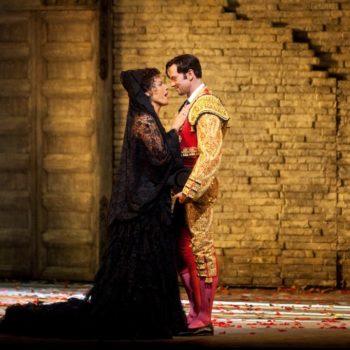 "Elina Garanca as Carmen and Teddy Tahu Rhodes as Escamillo in Bizet's ""Carmen."" Photo: Marty Sohl/Metropolitan Opera  Taken during the performance on January 16, 2010 at the Metropolitan Opera."