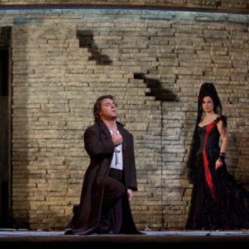 "Roberto Alagna as Don José and Elina Garanca in the title role of Bizet's ""Carmen.""  Photo: Ken Howard/Metropolitan Opera  Taken at the Metropolitan Opera during the dress rehearsal on December 23, 2009."