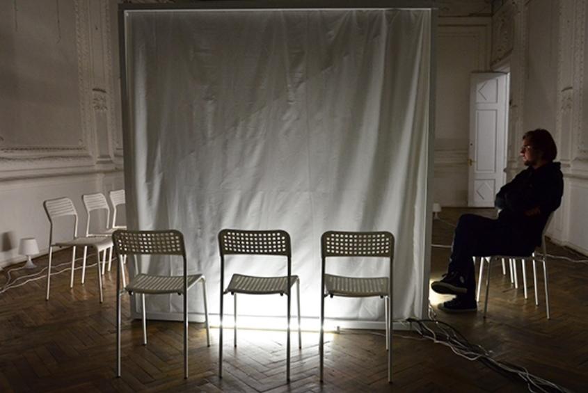 Спектакль «Лекция о ничто» фото: goldenmask.ru